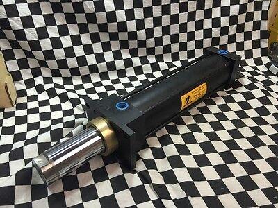 Yates Cylinder P9231, Stroke 9, Bore 2.5,  Shipsameday