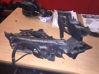 Audi Q5 09 To 2012 D/s Headlight Mounting Bracket Complete Breaking