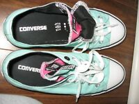 Chaussures Converse NEUVES 10