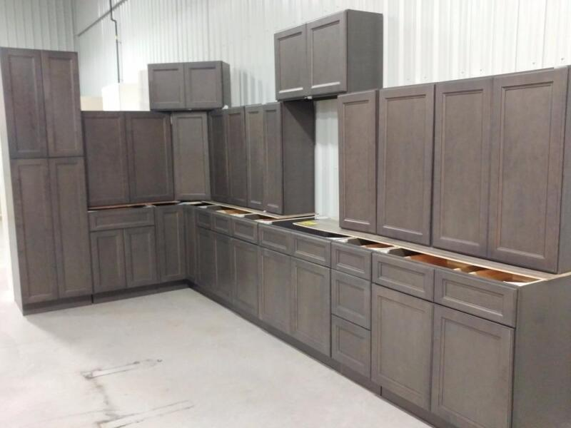 New kitchen cabinet sets at auction cabinets for Kitchen cabinets barrie