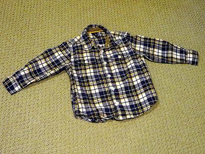 (GAP kids flannel long-sleeve plaid shirt, front pockets, great shape (size 4-5))