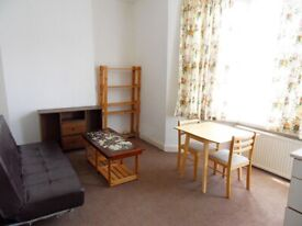 One bedroom Flat For Rent Turnpike Lane N15