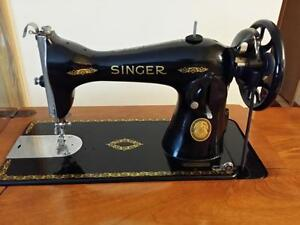 Singer sewing machine (1957) Kitchener / Waterloo Kitchener Area image 2