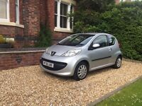 PEUGEOT 107 URBAN (silver) 2006