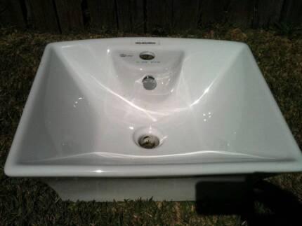 CRW Ceramic Counter Top Vanity Wash Basin White Square NEW