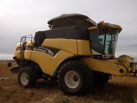 New Holland CX 860 combine