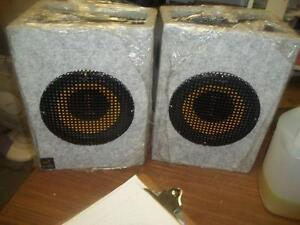 Thump speakers and other electronics for sale by OWNER