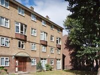 Fantastic three bedroom flat located on the ground floor of a residential block