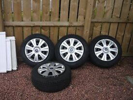 215 60 16 Pirelli Sottozero winter / snow tyres on Ford steel wheels with trims (will post)