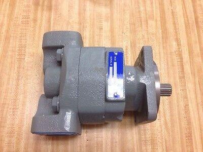 Case Loader Backhoe 580l 580m Hydraulic Pump 257953a1 17 Spline