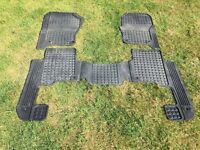 LAND ROVER DISCOVERY 3 GENUINE RUBBER MATS SET