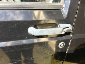Door-Handle-Lh-Front-Jeep-Cherokee-96