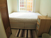 Bright double room in friendly flatshare near Ealing - Parking and All Bills Included-Available NOW!