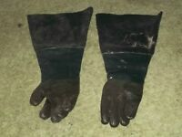 ELECTRIC EEL GLOVES