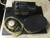 1993 Pontiac Bonneville SSE original radio with speakers