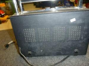 Candle Solid State 18 Transistor Radio 5-Band AM/FM/MB/SW/VHF West Island Greater Montréal image 6