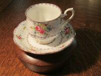 Petit Point, Royal Albert Bone China (England)