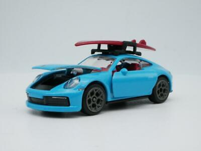 street racing figure pack 1:64 Loose NEW 1:64 Scale Porsche 911 Carrera S lime