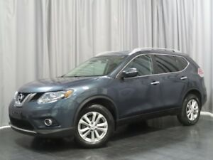 2014 Nissan Rogue SV *Local Trade With a Great Colour