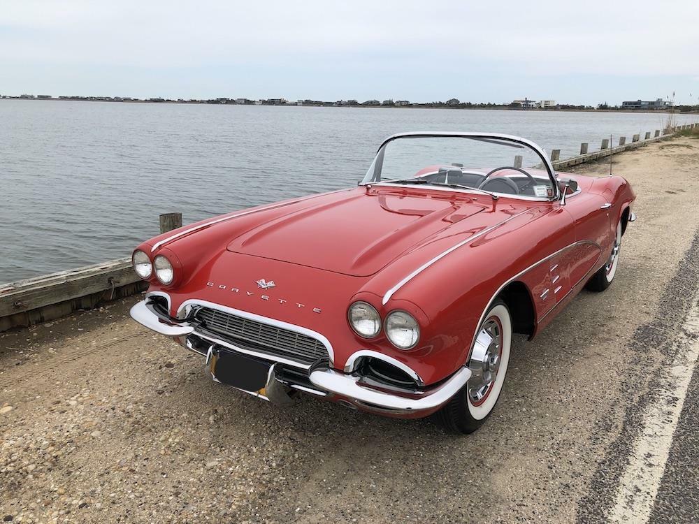 1961 Red Chevrolet Corvette     C1 Corvette Photo 6