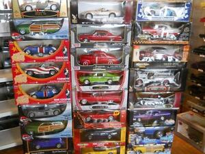 NEW IN BOXES 1:18 DIECAST
