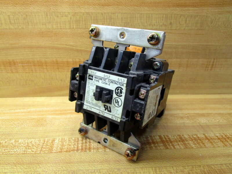 Toshiba C25A-E Magnetic Contactor C25AE W/O Outer Housing