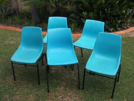 5 x Plastic Chairs Morley Bayswater Area Preview