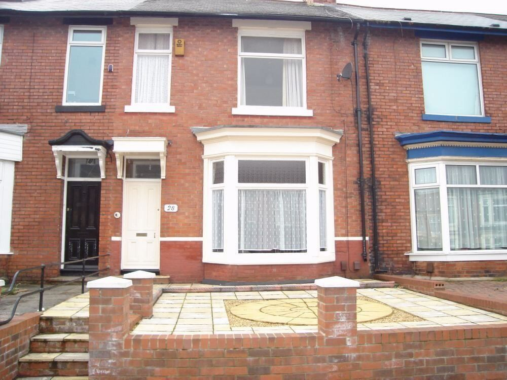 Fantastic 2 Bedroom Upper Flat, Ewesley Road, High Barnes, Sunderland