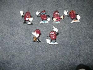 lot of 6 california raisins  $10 for the set
