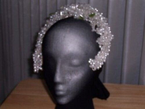 GORGEOUS BRIDAL HEADPIECE WITH PEARL TEARDROP CLUSTERS