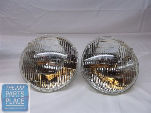 """1956-66 GM T-3 / T3 Headlamps / Headlights Ribbed Style 7"""" Round 2 Pieces 5014"""