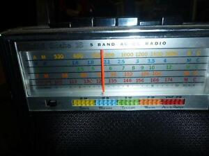 Candle Solid State 18 Transistor Radio 5-Band AM/FM/MB/SW/VHF West Island Greater Montréal image 3