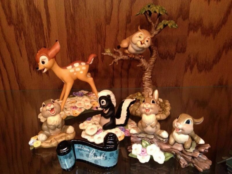 Disney Collector Society - Classics Figurines - Bambi SET