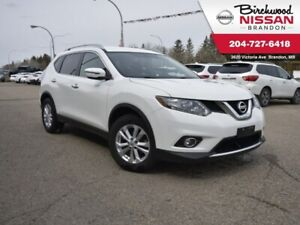 2016 Nissan Rogue S Bluetooth/Backup cam/Heated Seats