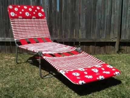Vintage Retro Folding Banana Lounge Beach Chair