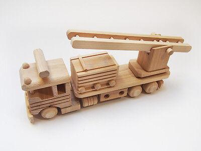 Handgemachtes Feuerwehrauto ökologisches Holzspielzeug Spielzeug Holzauto