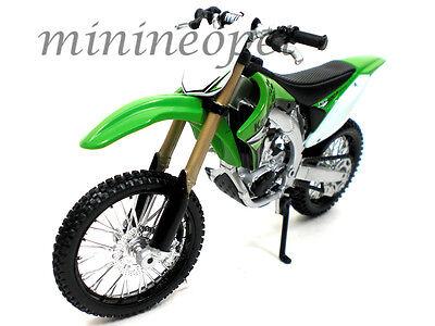 MAISTO 31175 KAWASAKI KX 450F DIRT BIKE MOTORCYCLE 1/12 GREEN