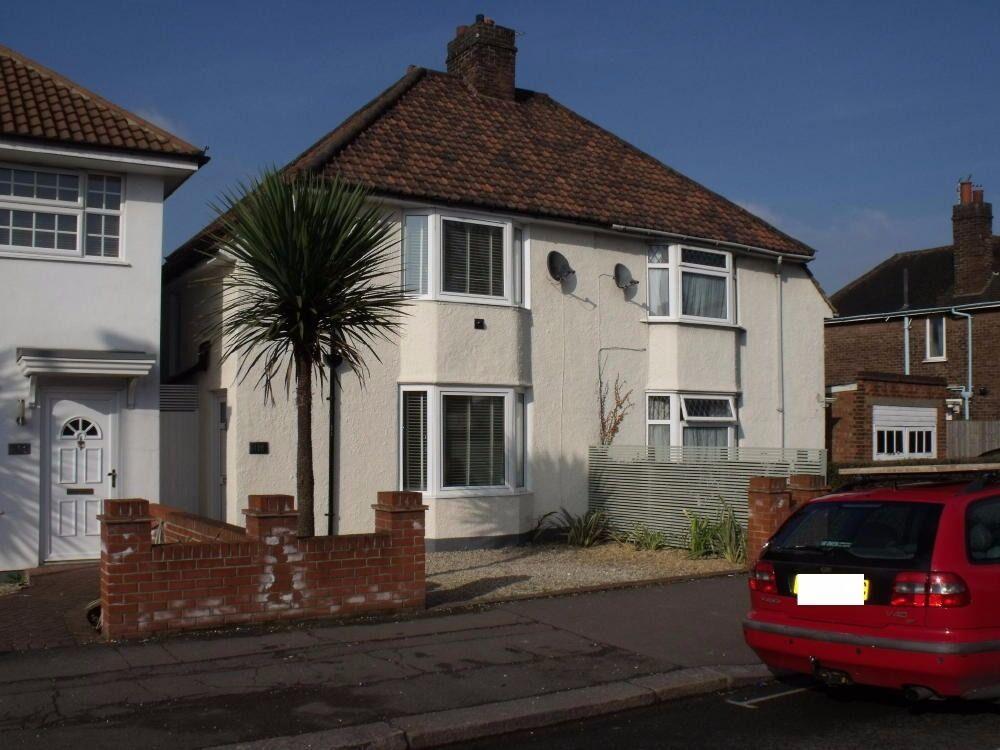 3 Bedroom House in Noel Road, West Acton London W3