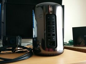 Apple Mac Pro (2013) - Xeon E5 3.5 GHz - 16 GB RAM - 256 GB SSD - AMD FirePro D500