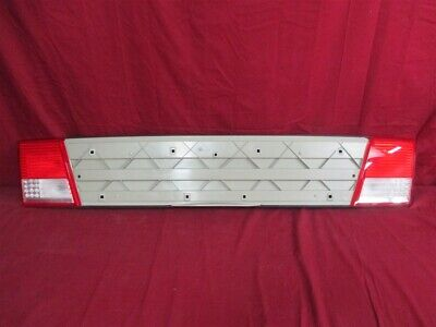 NOS OEM Cadillac Catera Center Tail Lamp Panel 2000 - 01