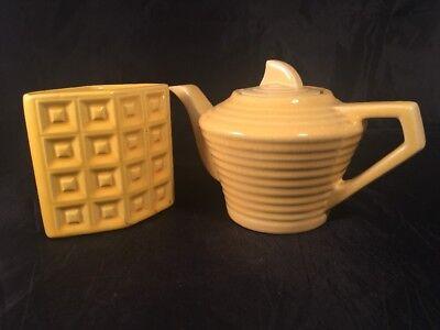 Vintage Retro Yellow Tea Pot And Marisa Italy Pot