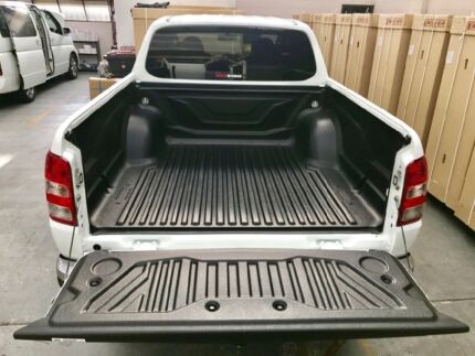 Premium quality Mitsubishi Triton ute tray bed liners