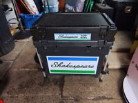 Shakespeare Seat Box with Top Box