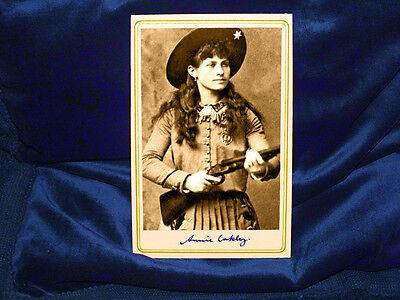ANNIE OAKLEY Cabinet Card Photograph Old West Vintage Photo CDV