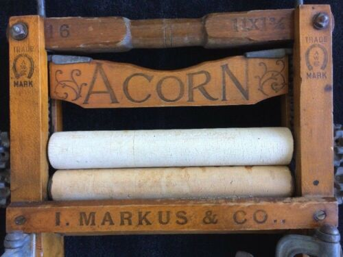 Acorn Clothes Wringer I. Markus & Co. Patented 1882