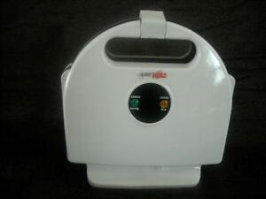 SANDWICH TOASTER ELECTRIC