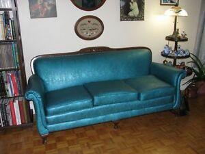 Meuble antique acheter et vendre dans grand montr al for Vente sofa montreal