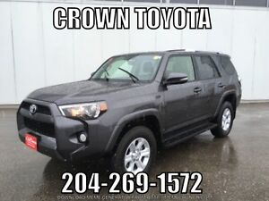2016 TOYOTA 4RUNNER 7 PASS SR5 WITH NAVI V6 4WD! CLEAN CARPROOF