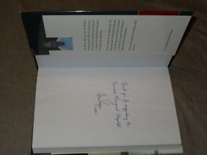 """Hockey Canadiens Ken Dryden """"The Game"""" signed Book + Bobblehead"""