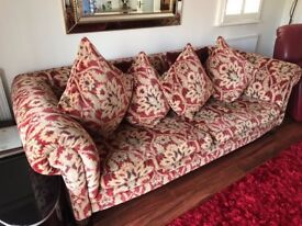 Sofa immaculate condition no marks, from Stokers Southport, pick up only